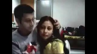पंजाबी विधवा भाभी का दोस्त के साथ सेक्स