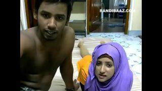 मुस्लिम गर्लफ्रेंड की बुरखा निकल के सेक्स किया