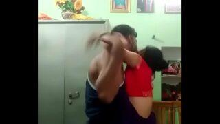 दोस्त की शादी शुदा बहन के साथ सेक्स वीडियो