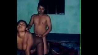 जेठ ने बंगाली भाभी को नंगी कर के चोदा